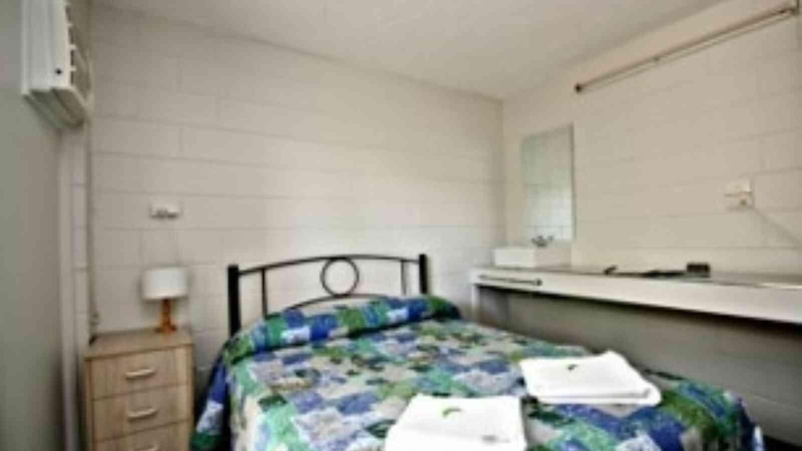 Double Room1 170515 121957